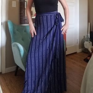 Lulus blue with white wrap skirt
